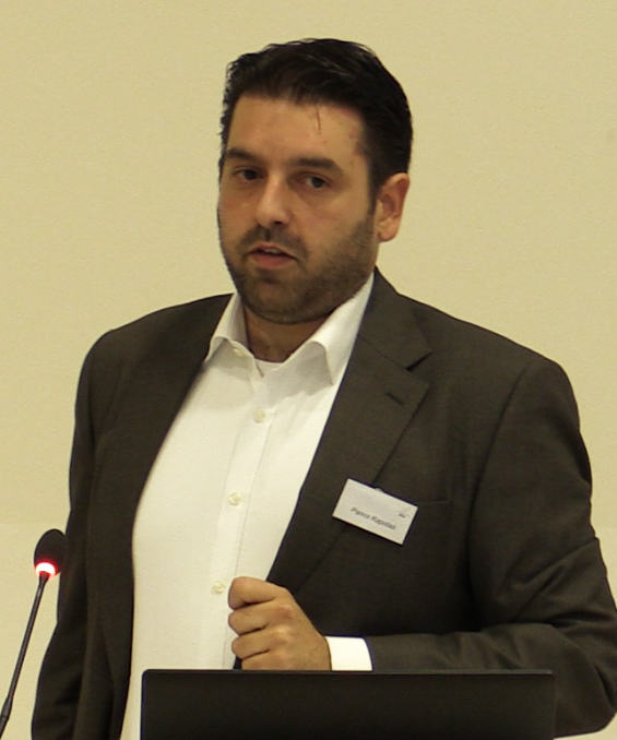 Dr Panos Kapotas