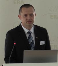 Dr Gábor Schmidt